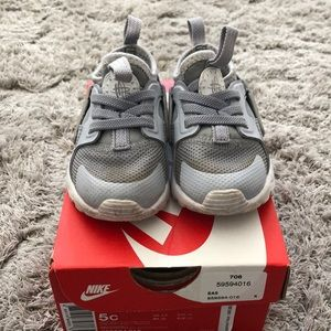 Nike Huarache Run Ultra size 5c toddler